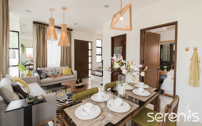 Single attached dining room